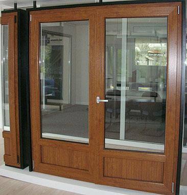 Fabricaci n de ventanas puertas y cierres de pvc leo tennis for Ventanas pvc color madera